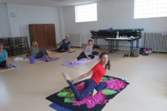 Stage Yoga 03